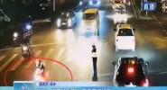 瓊海:男子暈倒路邊 交警開道送醫