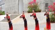 海南原创广场舞 《最暖崖州年》上