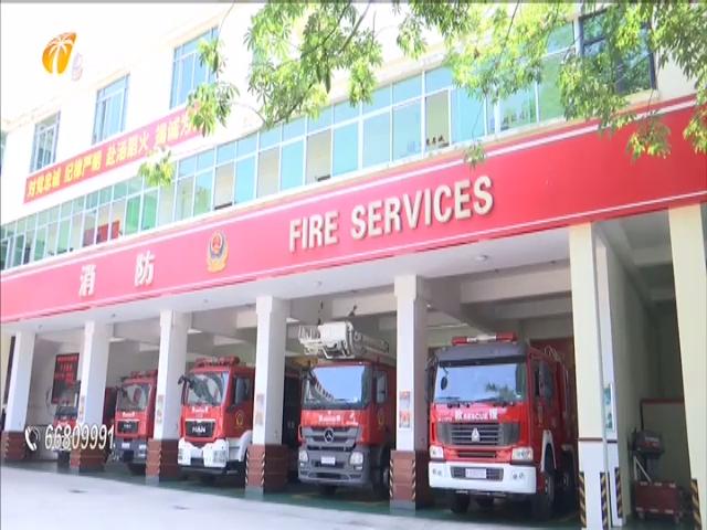 学生宿舍夜晚起火 消防救援化险为夷