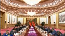 习近平同安哥拉总统洛伦索举行会谈-新华网