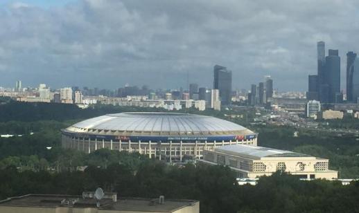 俄罗斯世界杯开幕在即 远眺卢日尼基体育场
