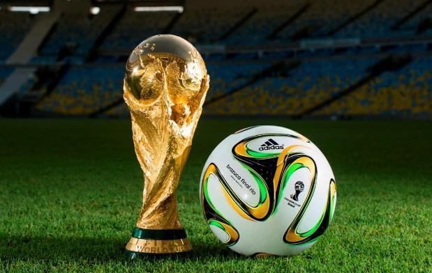 世界杯即将开幕 专家提醒:熬夜看球要小心健康隐患