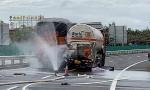 海南东线高速一货车追尾液化气罐车发生泄露 暂无人员伤亡
