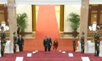 习近平接受七国新任驻华大?#27807;?#20132;国书