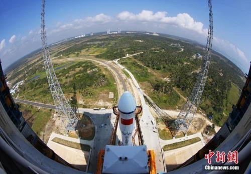 俯瞰海南文昌航天发射场。 中新社发 秦宪安 摄