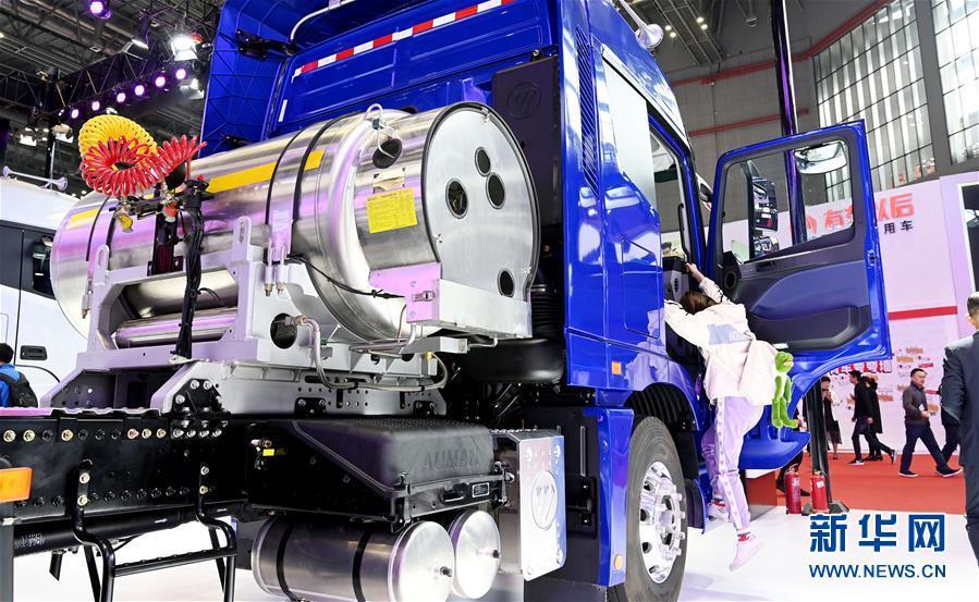 (經濟)(5)上海車展:新能源車勢頭旺