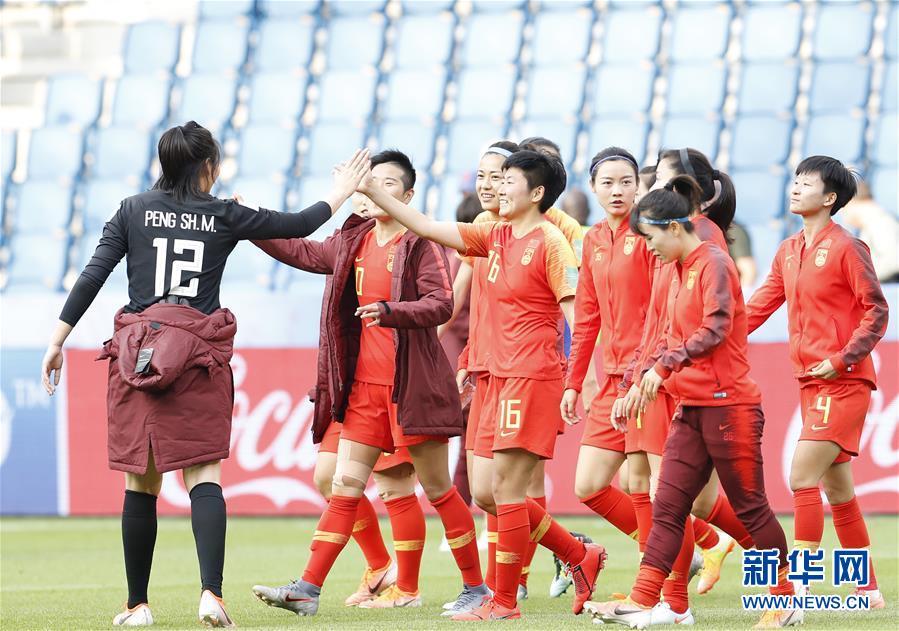 (女足世界杯)(3)足球——中國隊小組出線