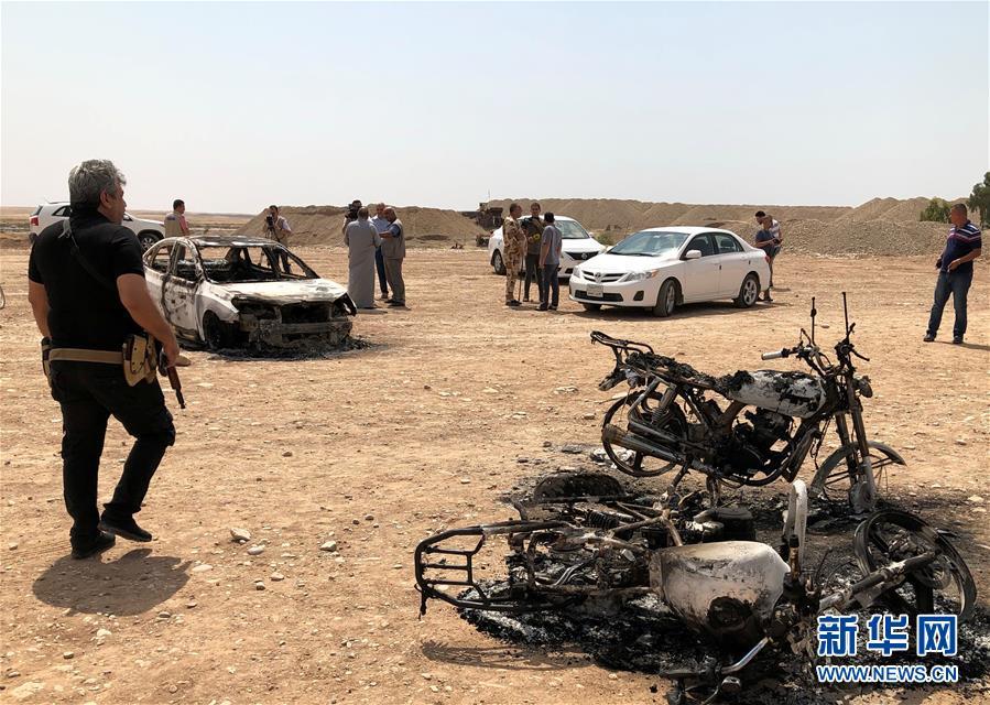 (国际)(1)伊拉克北部一球场遭迫击炮袭击致5死20伤