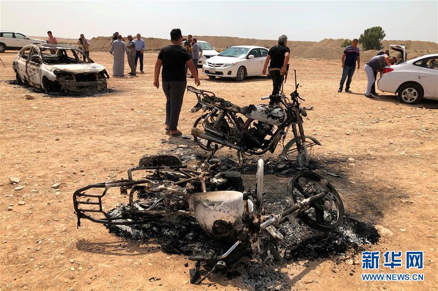 (国际)(3)伊拉克北部一球场遭迫击炮袭击致5死20伤