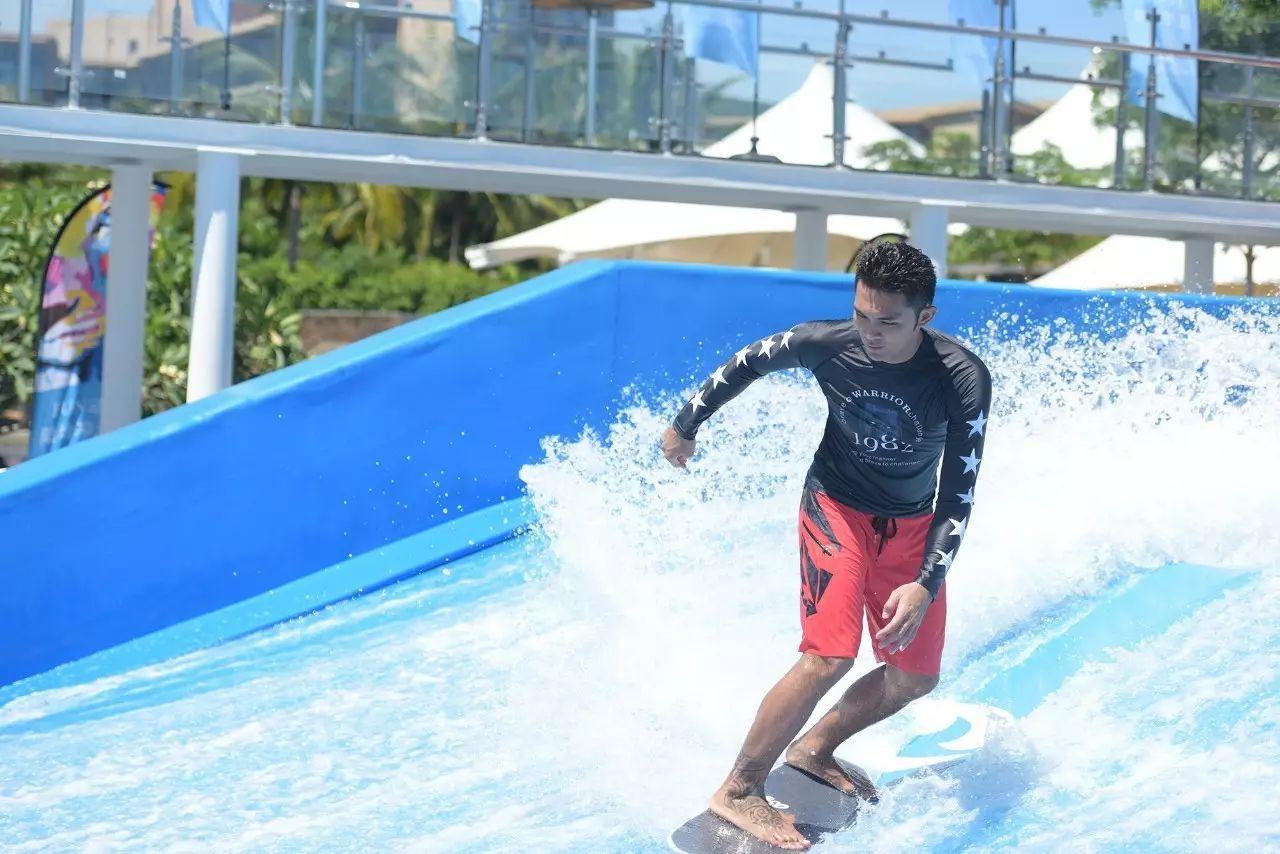 2017年三亚国际滑板冲浪公开赛.jpg