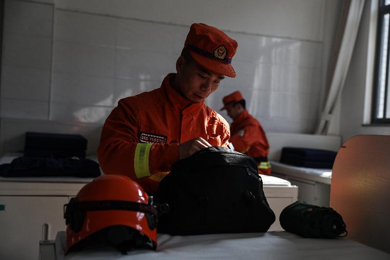 """【新春走基层•坚守在一线】森林消防员""""家门口""""的坚守"""