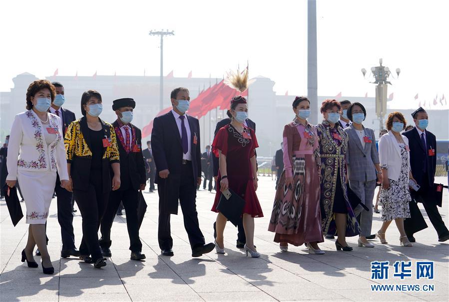 (两会·人大开幕)(1)十三届全国人大三次会议在京开幕