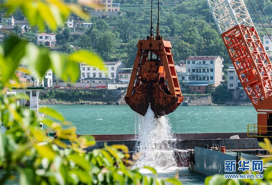 #(环境)(1)三峡两坝间航道治理加紧施工