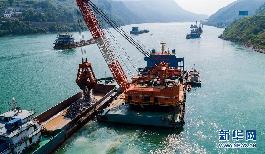 #(环境)(2)三峡两坝间航道治理加紧施工