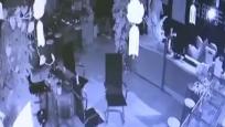 手機店深夜被盜 財物丟失八萬多