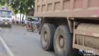 货车超车与电动车刮蹭 一名阿婆当场不幸身亡