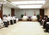 刘赐贵接见海南全国自强模范暨助残先进集体和个人代表并座谈