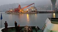 重慶墜江公交車黑匣子打撈出水 開始布場調試打撈設備