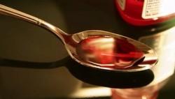 复方甘草合剂、强力枇杷露…… 这些感冒药别再给孩子吃了