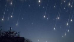 """日本下月发射可制造""""流星雨""""的卫星"""