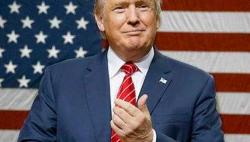 特朗普宣布内政部长津克将于年内离职