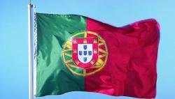 一旅游大巴在葡萄牙发生事故 至少28人死亡