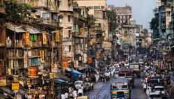 印度多地遭遇极端天气导致约30人死亡