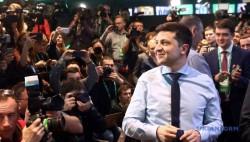 波罗申科承认败选 恭喜泽连斯基赢得乌总统选举