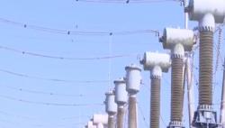 海南各地供电部门战高温斗酷暑 力保民生用电