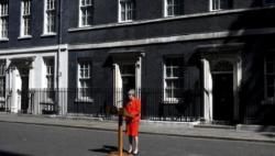"""热点问答:英国首相宣布辞职日期 """"脱欧""""将走向何方?"""