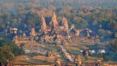 中国援助柬埔寨先心病儿童救助经验交流会在金边举行