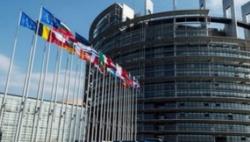 外交部斥欧洲议会涉港决议:搬起石头砸自己的脚