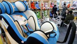 中国儿童安全座椅使用率低 家长不认可立法难推进