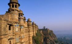 印度宣布降低企业所得税率以刺激经济