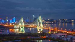 韓正在海南調研時強調 加強生態環境保護 提升創新引領能力  在推動經濟高質量發展方面走在全國前列