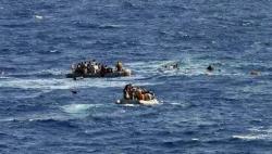 又现偷渡船!英边防军拦截4艘船只 共载39人