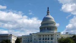 """美国政府再遇""""关门""""危机 白宫或将支持临时拨款法案"""