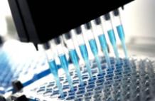 美公司生产出首批新冠病毒疫苗用于临床试验