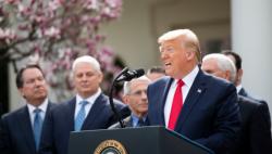 美國宣布將對英國和愛爾蘭實施旅行限制