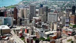 受新冠肺炎疫情影响 美国底特律五分之一警察遭隔离