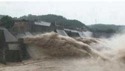 黄河3号洪水形成 小浪底水库拦蓄洪水减下游防汛压力