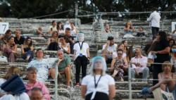 专家:希腊仍有约5万活跃病毒链 当局望避免再度封锁