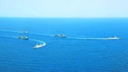中国海军第37、38批护航编队在亚丁湾、索马里某海域举行分航仪式