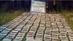 阿根廷警方从一辆货车中缴获433公斤可卡因 估值超300万美元