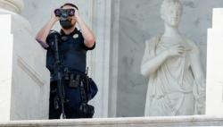美国白宫称执法部门已处于高度戒备状态 以应对18日示威集会