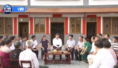 习近平:党员干部要学柳青 接地气