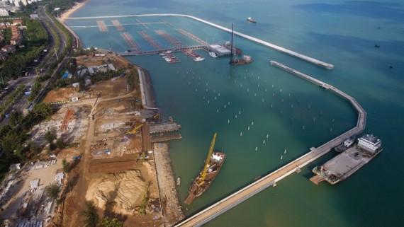 海口国家帆船帆板基地公共码头海上主体工程即将投入使用
