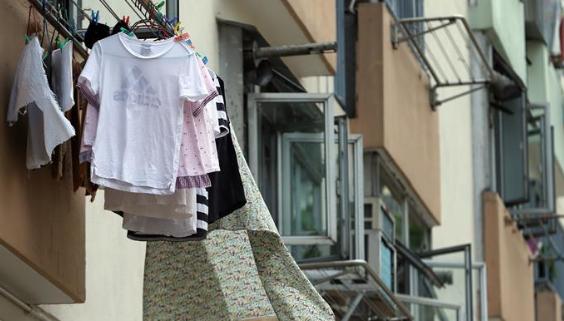 特寫:香港彩虹邨一戶居民的堅守與期望