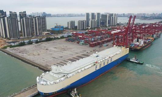 打造引領新時代對外開放的鮮明旗幟和重要開放門戶——聚焦《海南自由貿易港建設總體方案》