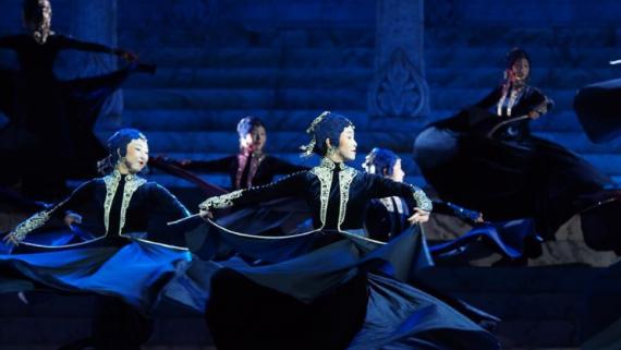 """第十二届中国舞蹈""""荷花奖""""入围舞剧《彩虹之路》在上海演出"""
